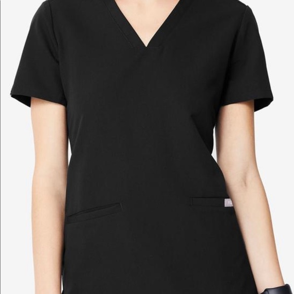 Casma Three Pocket Scrub Top
